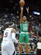 Ray Allen in Josh Smith