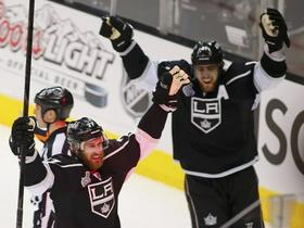 Jeff Carter in Ane Kopitar