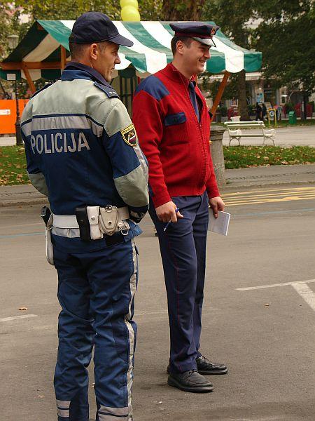 Policist in mestni redar