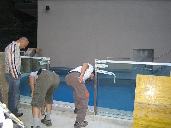 Odpiranje ograje v bazen