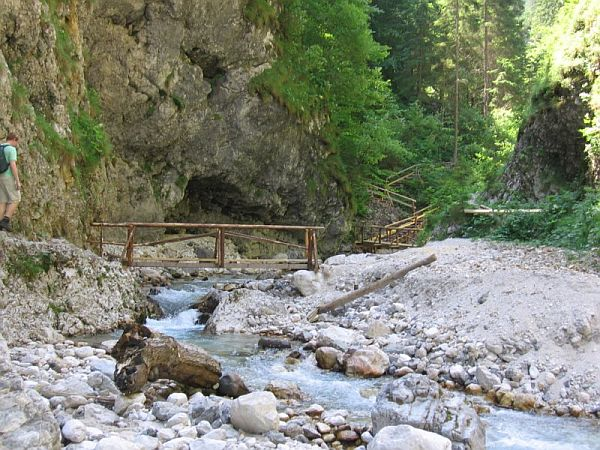 Pot do slapov
